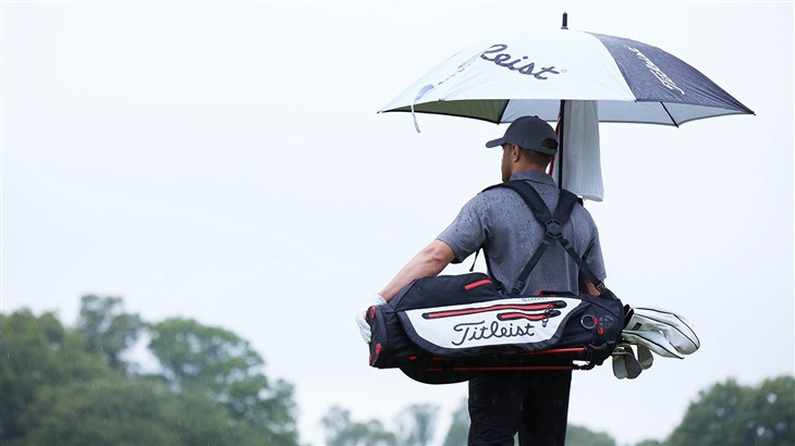 Playing Golf in Por Weather is Easy with the Right Titleist Gear